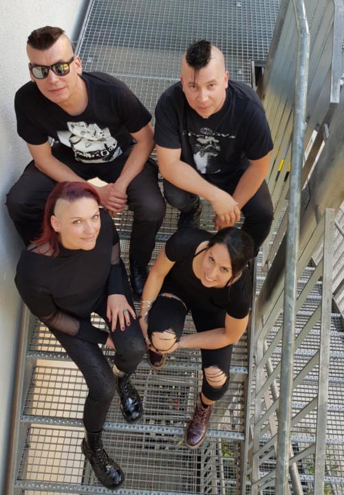DarkBW Team beim Interview von PLASTIKSTROM